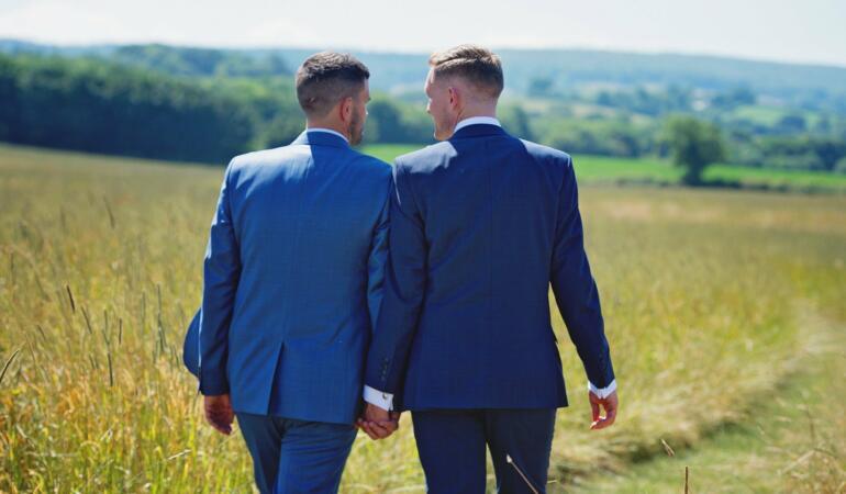 UE cere recunoașterea căsătoriilor