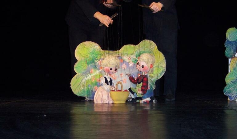 """""""Hansel și Gretel"""", din nou pe scena Trupei Marionete"""