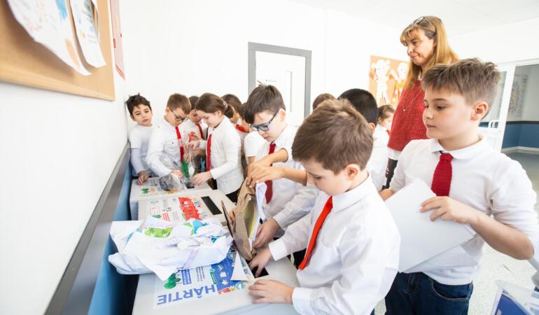 Elevii din Sectorul 2 au colectat 2.000 kg de materiale reciclabile în 10 zile