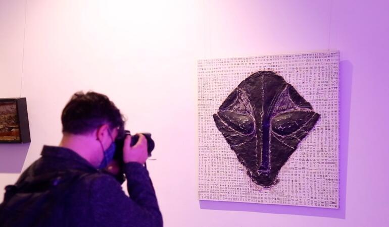 NeoNlitic 3.0. Expoziție de artă contemporană. Cum ar arăta civilizațiile străvechi astăzi