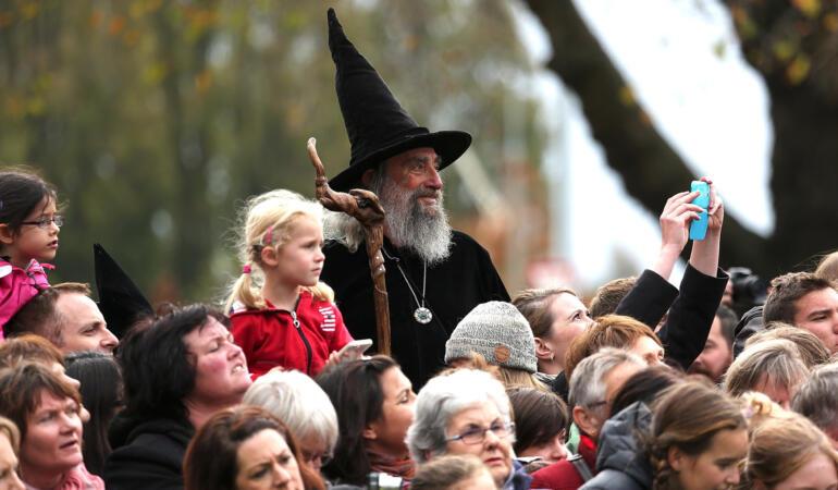 Vrăjitorul Noii Zeelande și-a pierdut slujba. Cine va mai apăra țara acum