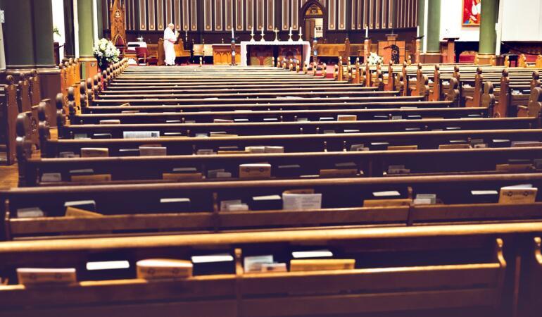 Statistică șocantă. Câți copii au fost victime ale abuzurilor sexuale comise de clericii francezi